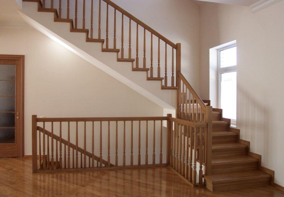 Нужны качественные деревянные лестницы? Компания ООО «Укрдерево» поможет решить этот вопрос.
