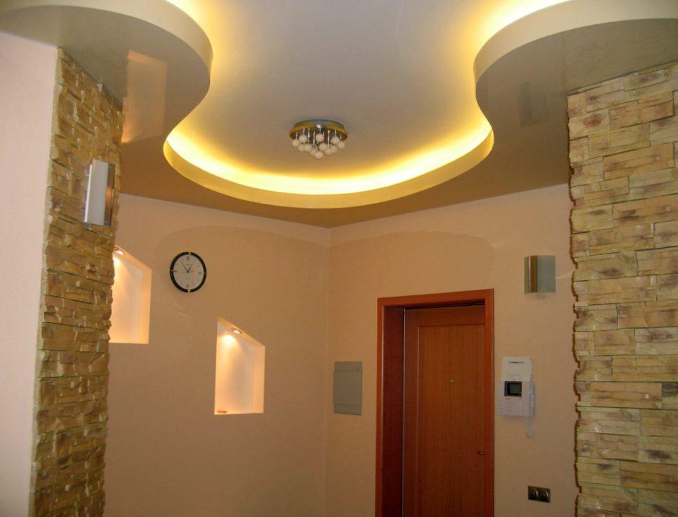 Натяжной потолок или гипсокартон. Что выбрать?