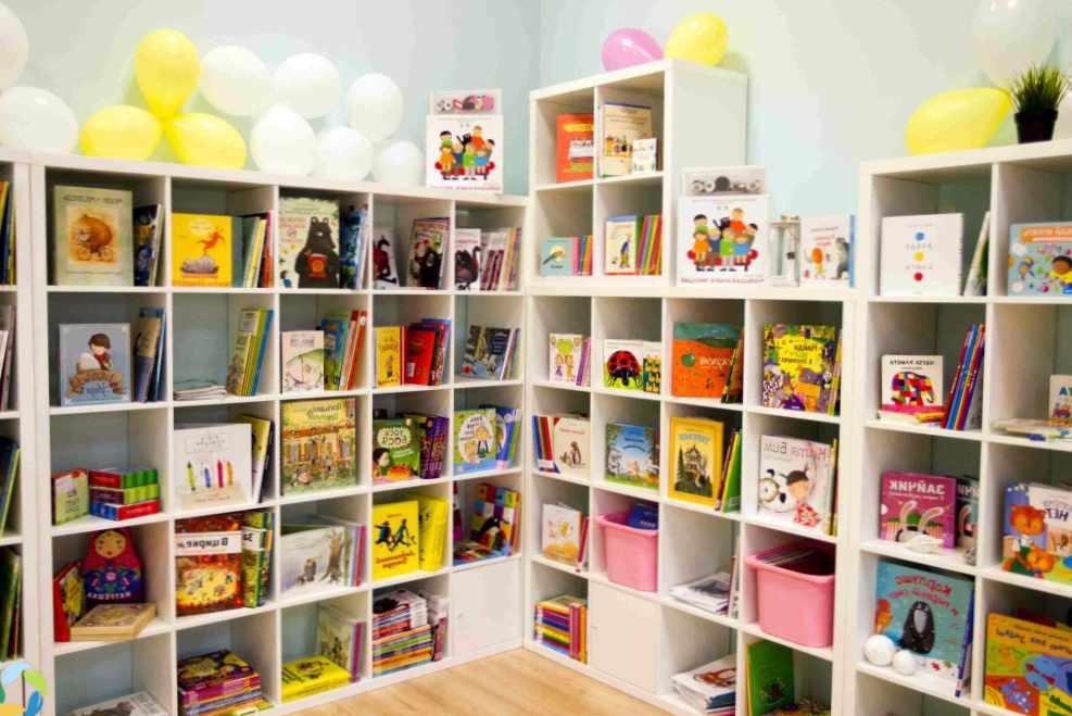 Русскоязычные книги и русские игрушки в Америке