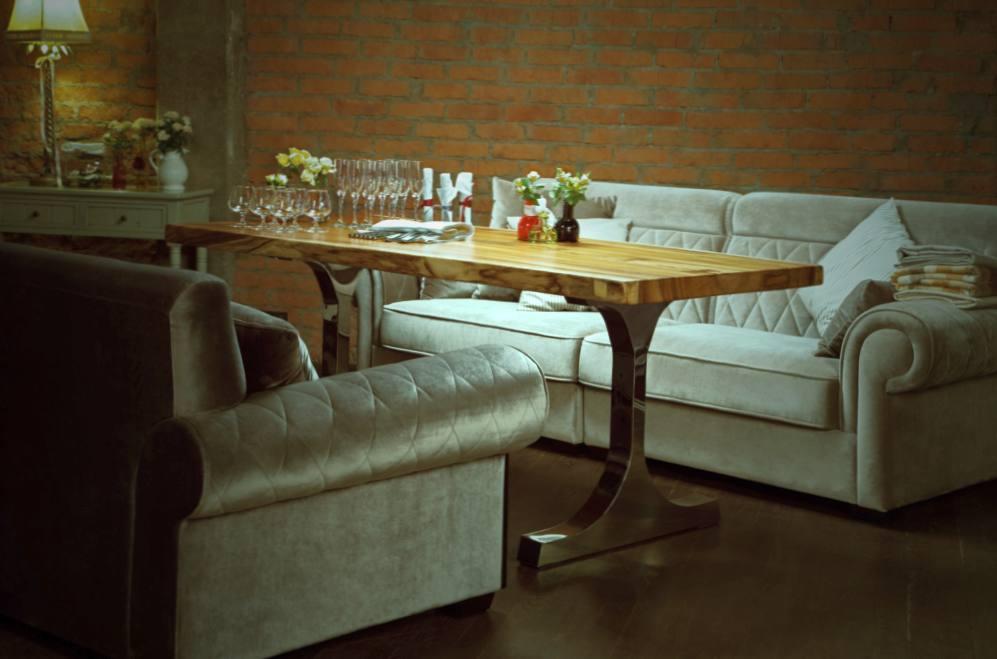 Где узнать подробнее об эксклюзивной мебели?