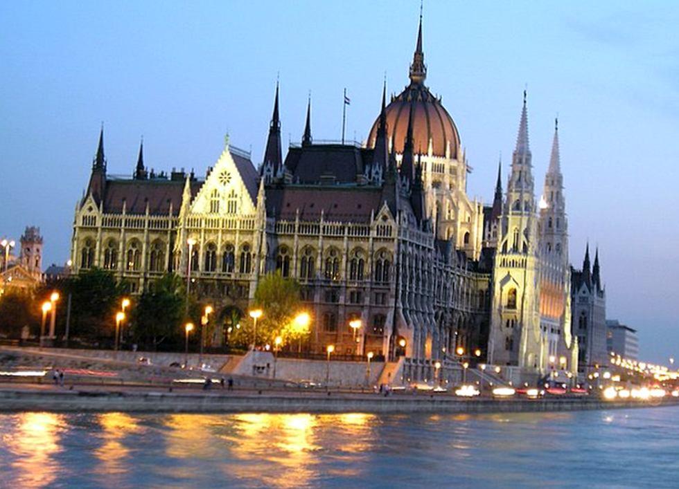 Как получить ВНЖ в Венгрии?