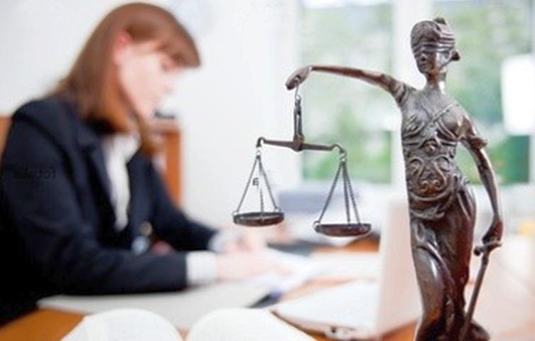 Где найти в Новосибирске опытного адвоката?