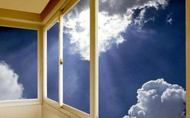 В какое время года устанавливать пластиковые окна?