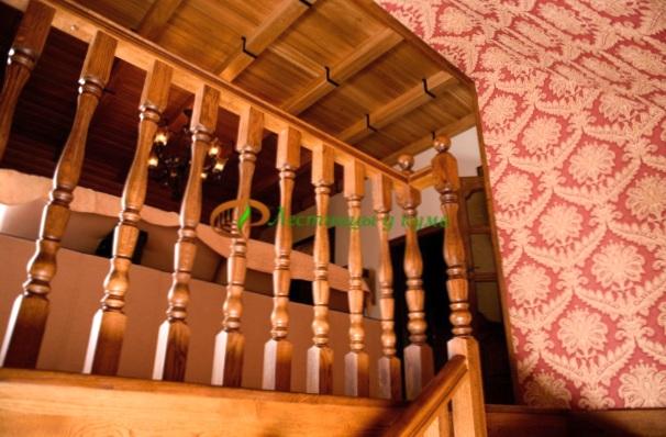 Где в Украине делают настоящие деревянные лестницы?