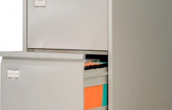 Про картотечный шкаф из металла