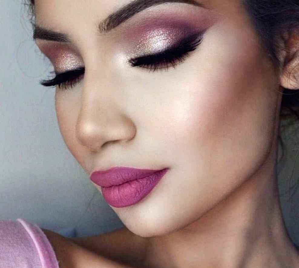 Как наносить макияж?